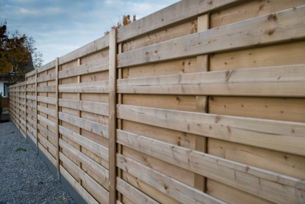Hekwerk Hout Tuin : Lm hekwerk bvba uw partner voor afsluitingen poorten en