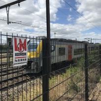 Staalmatpanelen 6-5-6mm Hoogte 140cm op spoorweg Infrabel Muizen