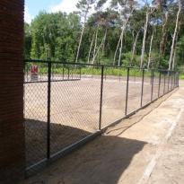 Afsluiting met bovenbuis Hoogte 180cm incl. betonplaat 290 x 30cm - LM Hekwerk bvba